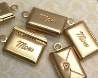 12 pcs of brass envelop locket with letter of Mom-18x8mm-BL3030- mat gold