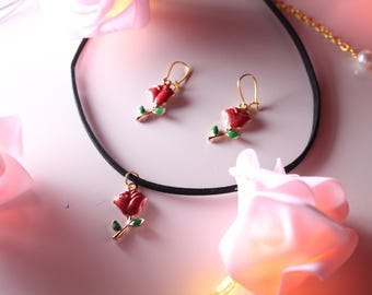 Rose Choker Necklace