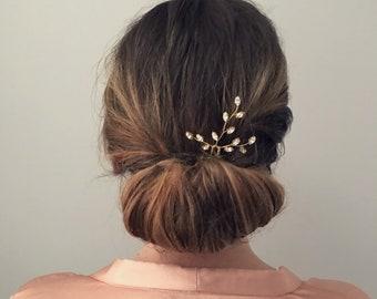 Bridal hair pin, bridesmaid hair pin, crystal hair pin, gold hair pin, leaf hair pin, bridal hair pins