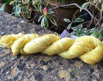 "Fingering weight weight mulberry silk yarn ""sunshine"""