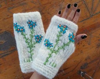ivory Knitted Gloves, Fingerless Gloves Women, fingerless mittens, wrist warmers, arm warmers, gloves for women, angora Gloves, knit gloves