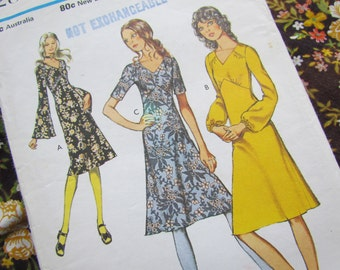 Vintage Size 33 1/2 Inch Dress with Shaped Bustline and Three Sleeve Options - 1971 Style Sewing Pattern, No 3284