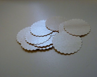 Circle sticker envelope seals - pearlised glowing gold with scalloped edges - limited edition