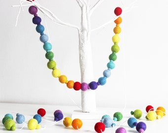 2 metre Feltball garland, Rainbow Garland, PomPom Garland, Cake Smash Decor, Party Garland, Rainbow Decor, Ecofriendly Decor, Nursery Decor