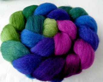 90g (14.67 Euro/100g) 3.2oz superwash wool roving, bfl, spinning fiber, hand dyed roving, roving wool, purple, blue, green, 100% wool