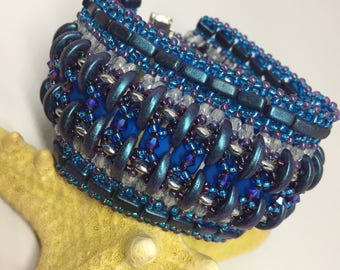 KIT and PATTERN Caterpillar on a Tile Road Bracelet Cuff
