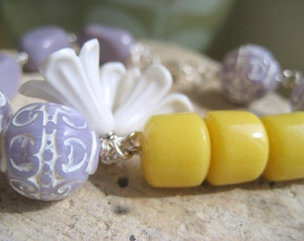 Lavender Honey Beaded Bracelet.  Carved Glass Bead Acrylic Flowers.