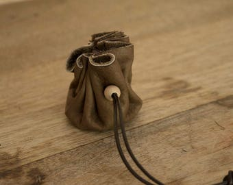 Leather purse. Brown. Goat. Size small (S) 10 cm in diameter.