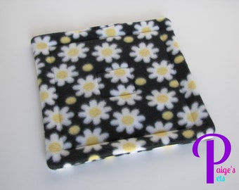 Potty Pad with U-Haul Lining for Guinea Pigs, Ferrets, Hedgehogs, etc. | Daisy on Black