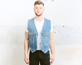 Jeansweste. Herren 80er Jahre ärmellose Denim Jacke Vintage-Jeans Stonewashed Indie Hipster Grunge 1990er Jahre Biker Weste. Mittelgroß
