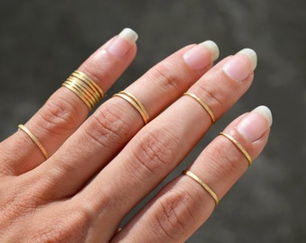 Rustic Hammered Brass Wire Stacking Rings, Above Knuckle Ring Set Band Rings Boho Hippie Jewelry Rings