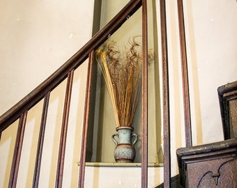 Niche on the Stairs