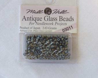Mill Hill Glass Beads 03011 Antique bead