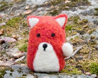 Ansgar - Needle Felted Fox Finger Puppet