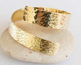 Hammered Brass Cuff, Textured Adjustable Bangle, Hammered bracelet ,Metalwork jewelry,gold metal bracelet , Hammered brass,Minimalist,bangle