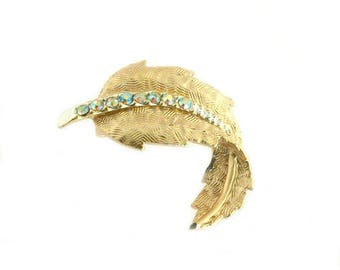 Small Gold Plated Leaf Pin