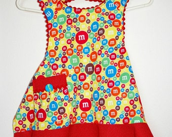 Girls M&M Full Apron with Red Trim Size 6