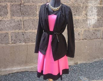 Vintage dress, dress fit and flare, pink and black, pink and black colorblock, fit and flare, vintage inspired, jersey, jersey dress