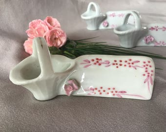 Antique tableware Porcelain table name tags pink hand-painted decoration Vintage France