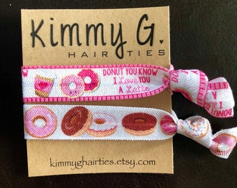Set of 2 donut elastic hair ties/donut party favors/kid party favors/donut hair ties