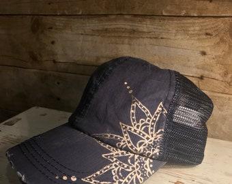 Blue anf gold henna hat