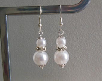 Earrings White Pearl and rhinestone