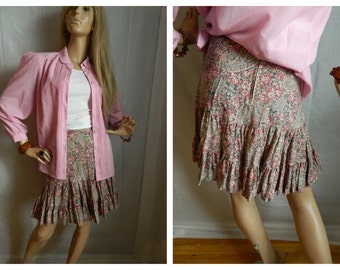 30% off Paisley Print Fringed Mini Skirt Country 1970's Style Size XS-SMALL