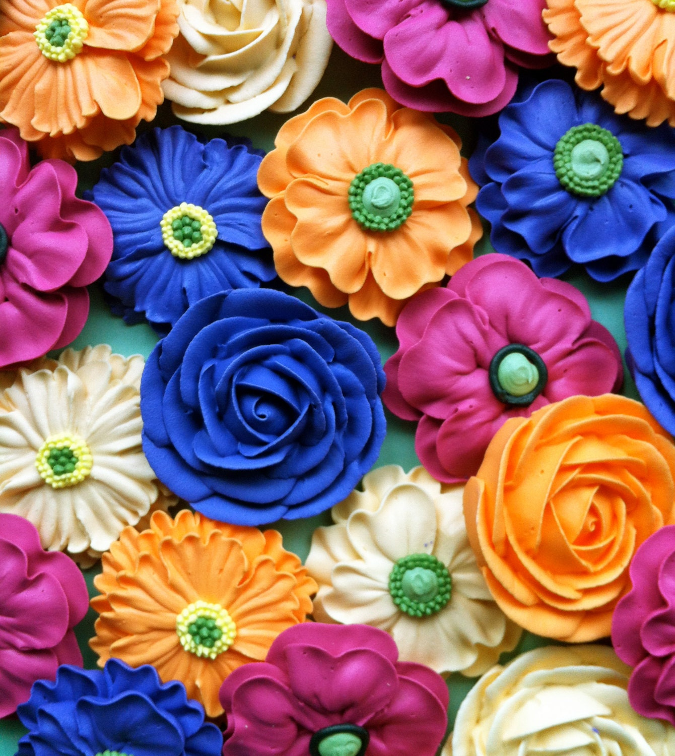 Cupcake or cake topper flower bouquet made from royal zoom izmirmasajfo