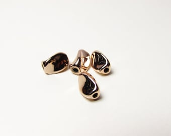 D-00557 - 2 Bead twisted rose gold Color