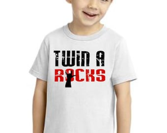 Twin A Rocks kiddy kats toddler tee
