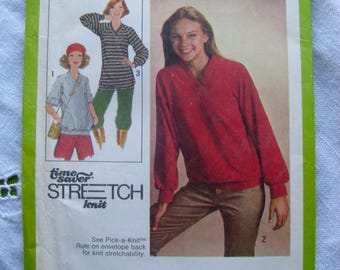 Simplicity 8618 Size K Misses pullover top in 2 lengths