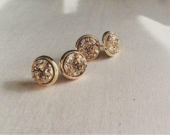 Druzy stud earrings, GOLD druzy earrings, gold druzy stud earrings, druzy earrings, druzy, stud earrings