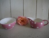 Vintage Pink and White Sp...