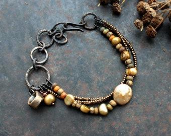 Völva seat bracelet, triple pearl bracelet, norse shaman bracelet, viking charm bracelet, sorcerer bracelet, high seat bohemian bracelet