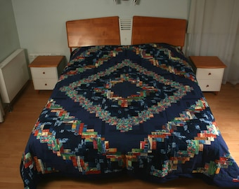 """Handmade quilted bed cover, made in """"log cabin"""" technique - 250x250cm (98,4"""" x 98,4"""")"""