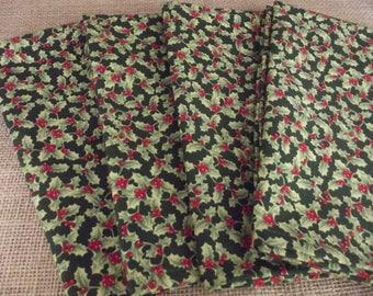 Set of Four Handmade Christmas Napkins, Holly Napkins, Christmas Napkins, Cotton Napkins, Cloth Napkins, Dinner Napkins