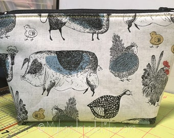 Farm Animals Fabric Makeup Bag || Lined Makeup Bag | Pigs Cows Chicken Guinea Fowl | Makeup Bag | Small Gift Under 20 | Camera Accessory Bag