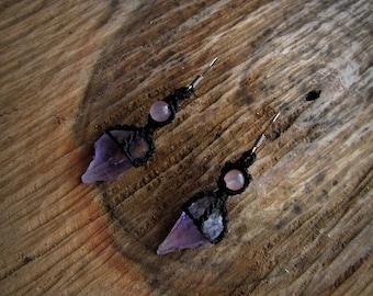 Ametist crystal macrame earrings Gemstone earrings. Boho style earrings. Macrame jewelry. Hippie earrings. Tribal violet black jewelry.