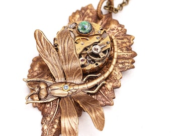 Steampunk Jewelry Dragonfly Necklace Leaf Pendant, Steampunk Necklace, Steampunk Jewelry Dragonfly, Dragonfly Necklace, Leaf Pendant
