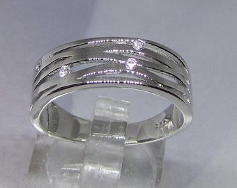 Modern white Zirconium over 56 size silver ring