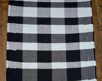 Handwoven Rag Rug - Black, White Eclipse Design (Inv. ID #07-0118)