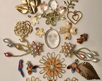 Destash broken flower jewelry lot for crafting - vintage craft lot