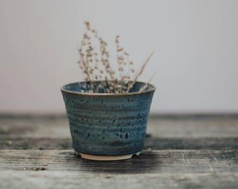 Rutile Blue planter