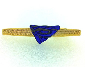 Tie Clip Gold Tone with Dichroic Glass Detail - Textured Blue on Black Triangle Cabochon - Textured Pattern Bar with Hinged Clip (3)