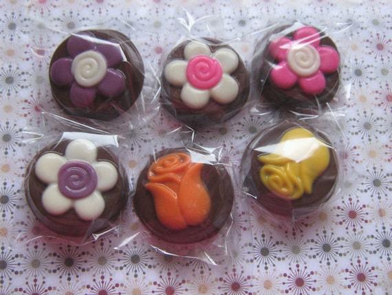 Flower Design Chocolate Covered Oreos