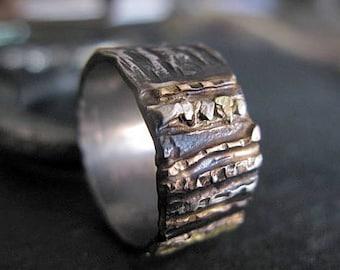 Mens Wedding Band Mens Wedding Ring Oxidized Ring Black Gold Ring Rustic Ring Unique Wedding Band Viking Wedding Ring Mens Wedding Bands 10m