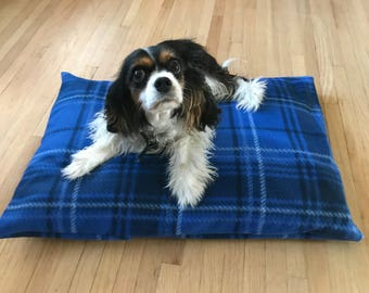 Doggie Z Dog Bed Pillow Cover, Blue Plaid