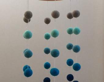 Felt Ball Mobile / Baby Mobile / Nursery Decor / Gift for Baby/ Straight Design