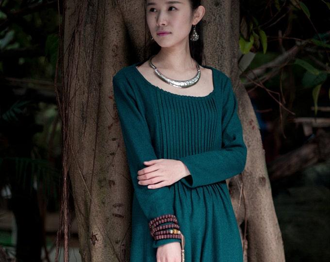 Wool Dress - Dress Fall / Winter - Long dress classic - Long sleeves dress - Round neck - Made to order