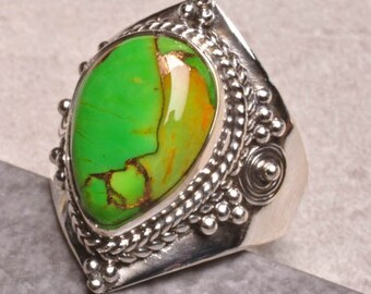 Gorgeous Lime Green Turquoise and Copper Set in 100% 925 Sterling Silver Ring